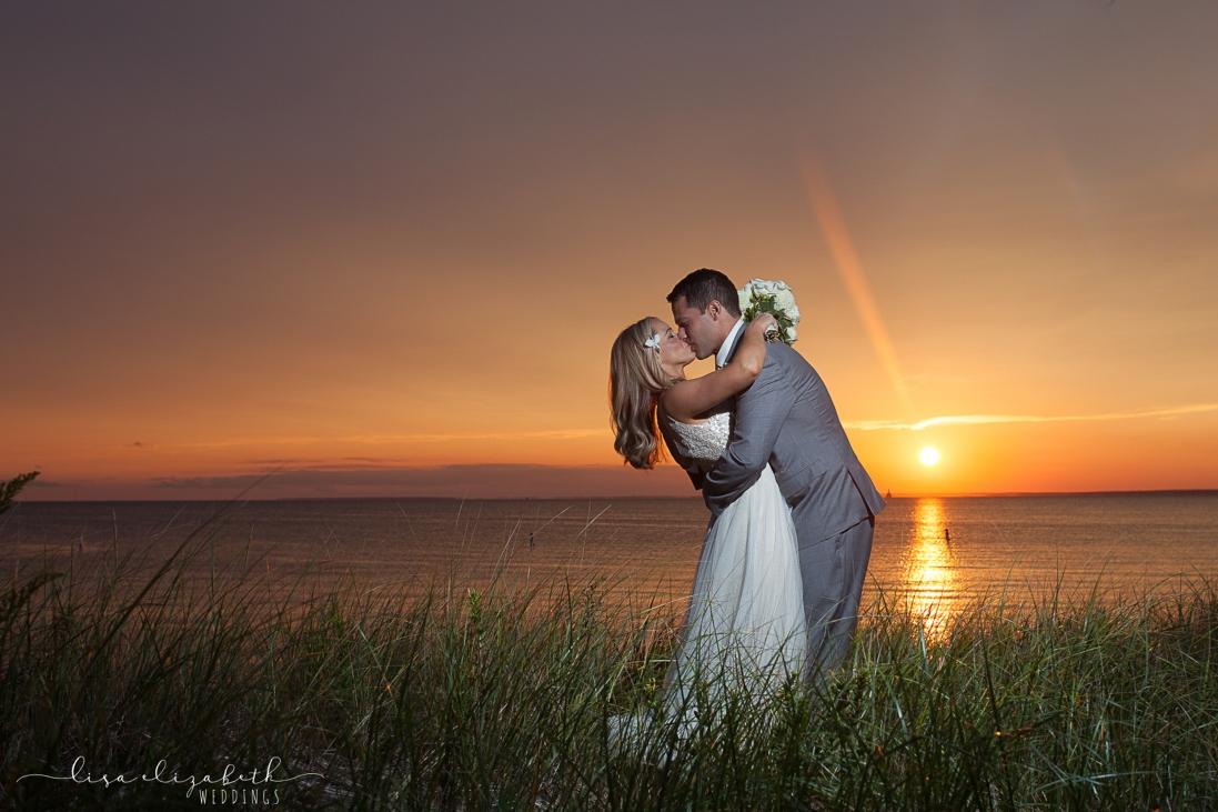 cape-cod-wedding-photographer-lisa-elizabeth-images-17-of-18