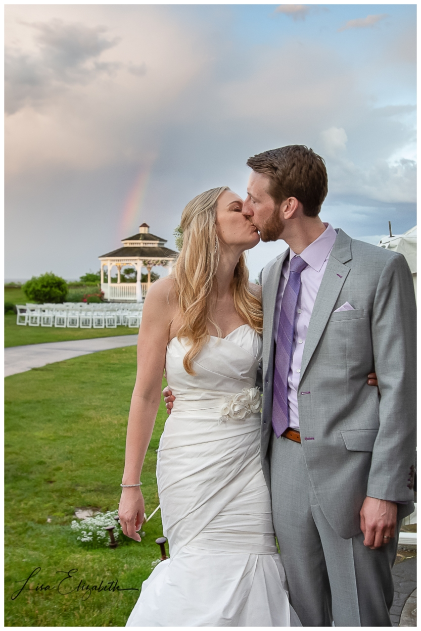 White Cliffs Wedding | © Lisa Elizabeth | Cape Cod Wedding Photographer